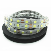 Benzi-LED-Profi/thumb/Banda-LED-profi-5054-60led-m-cu-lupa-1564