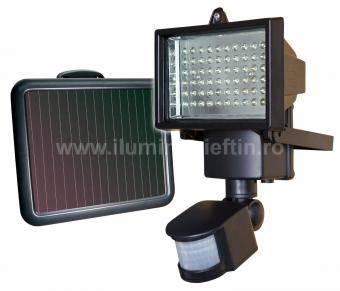 Proiector LED solar cu senzor