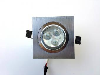 Spot led patrat orientabil